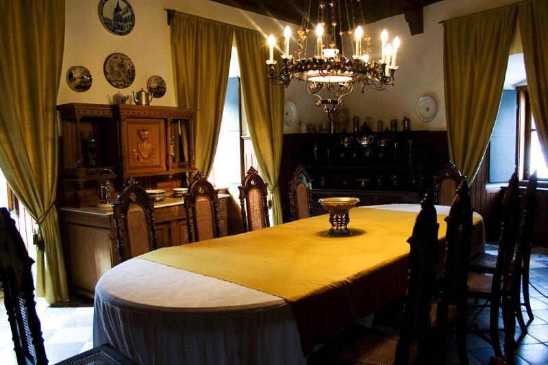 dinning room in snežnik castle