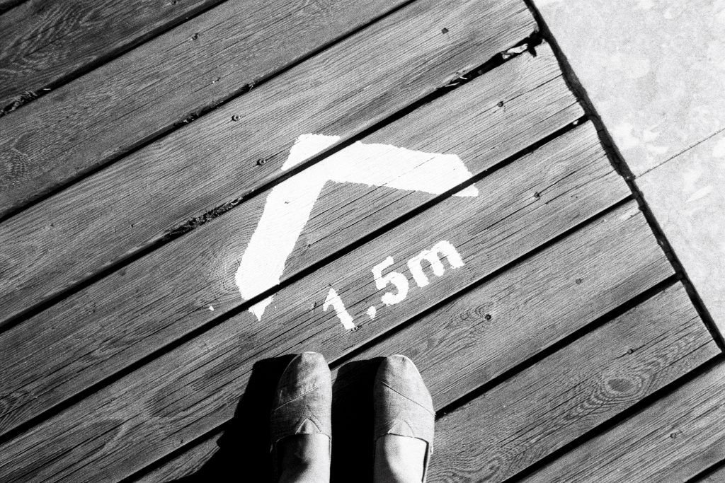 Feet with painted sign 1.5m